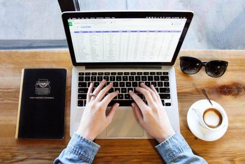 Quel est le logiciel de gestion RH utilisé par les prestataires paie ?